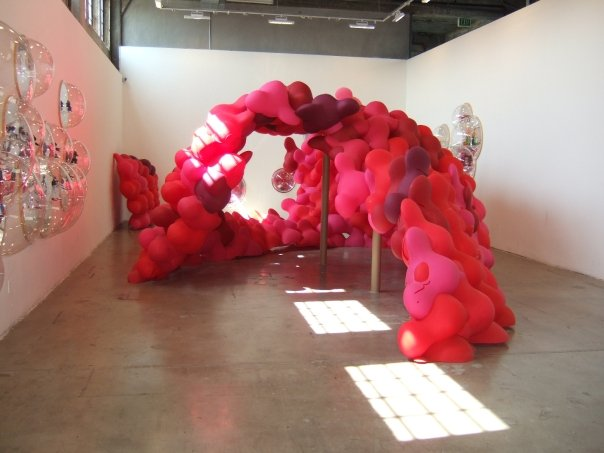 Greg Lynn. Blob Wall. 2008. Plastic. Photo Credit: Ajay Khanna, 2008.