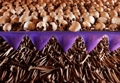 The skulls and bones of  the genocide victims at a memorial inside a church at Ntarama, where 5000 victims sought refuge. (Source: Finbarr O'Reilly/Reuters)